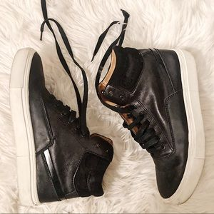 EUC women's size 6 lace up black hi top sneaker